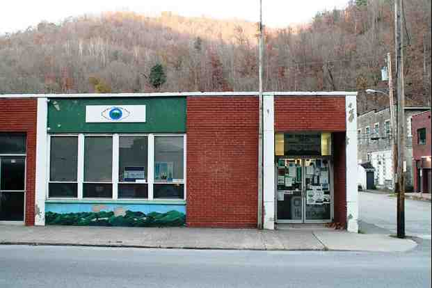 Coal River Mountain Watch offices, Whitesville, WVa, Nov 09/a e Cassidy, flickr.com