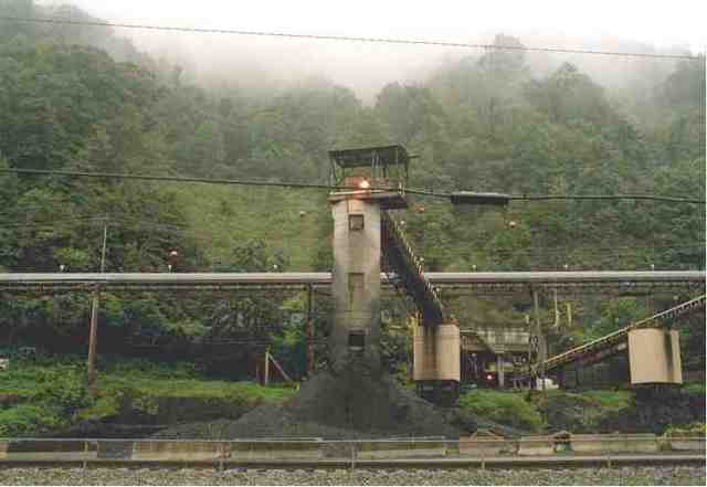 Coal processing plant, Coal River Valley area, undated/Jo Syz Photography, Coal River Mountain Landscapes, josyz.com