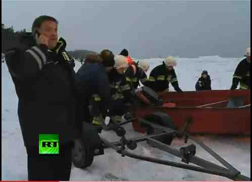 Polish firefighters aunch deer-rescue boat, Baltic Sea, Jan 4, 2011/Russia Today, youtube.com