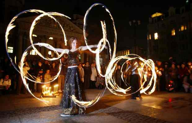 Fire acrobats perform in Sofia, Bulgaria, Earth Hour, March 28, 2009/Stoyan Nenov, Reuters, The Vancouver Sun, vancouversun.com
