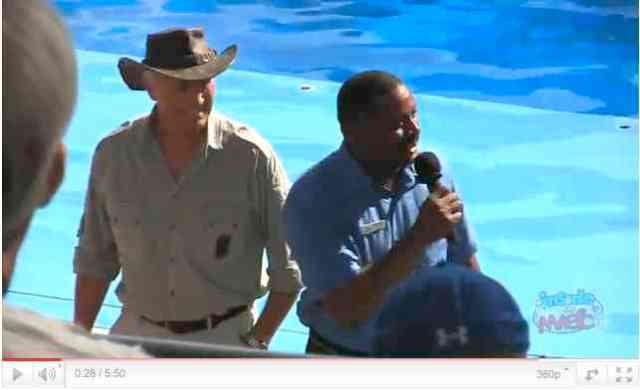 "Jack Hanna and SeaWorld Orlando President Terry Prather introduce ""One Ocean,"" SeaWorld Orlando, April 22 2011/InsideTheMagic, youtube.com"