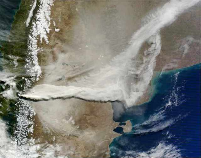 Terra Satellite image of ash field and streaming ash cloud from Chile's Puyehue-Cordon Caulle volcanic eruption, June 13, 2011/NASA Earth Observatory, earthobservatory.nasa.gov