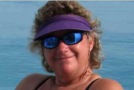Denise Herzing, Bahamas, July 2011/GK Wallace