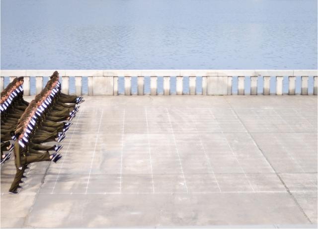 Women soldiers practice marching, North Korea, September 10, 2011/ © Sam Gellman