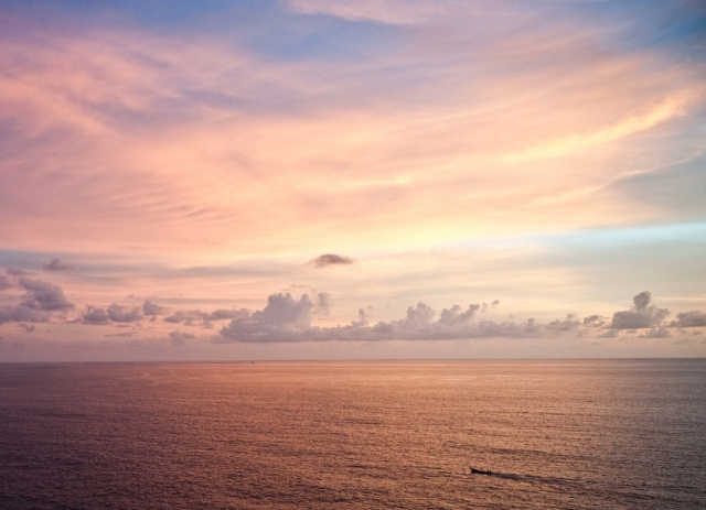 Sunset, Phuket, Thailand, September 17, 2010/ © Sam Gellman