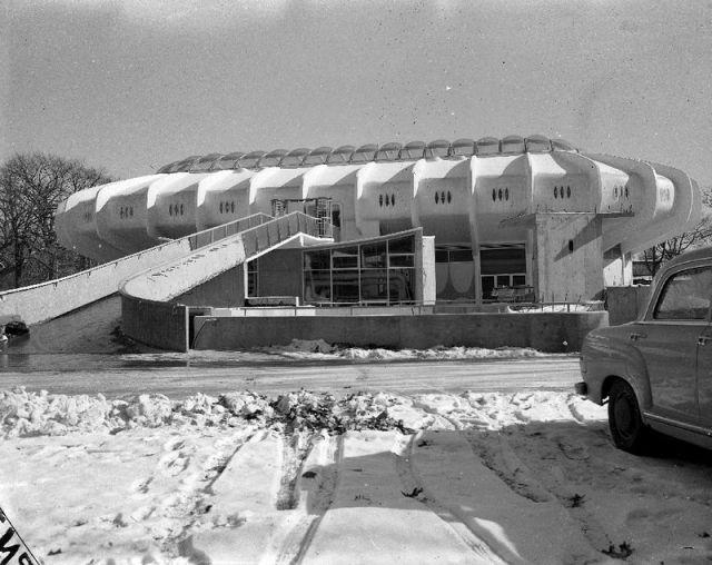 Seven Seas Pavilion, Brookfield Zoo, Brookfield IL, 1960/ebay.com