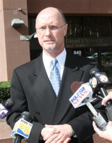 PETA Attorney Jeffrey Kerr speaks to press outside San  Diego Courthouse after Judge hears arguments to let PETA's lawsuit proceed, San Diego, Feb 6, 2012/Lenny Igniezi, AP, cnsnews.com