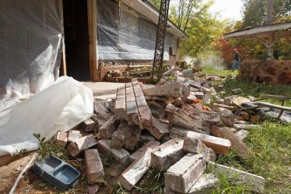 Damage done by earthquake in central Oklahoma, Nov 6, 2011/Sue Ogrocki, AP, National Geographic