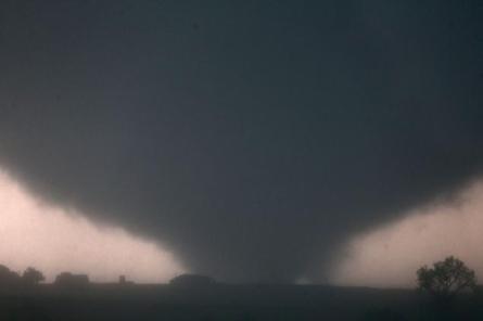 Tornado touches down near El Reno, OK, May 31, 2013/AP, New York Daily News