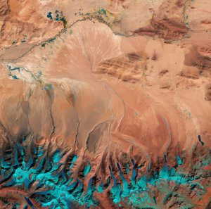 South-central edge of Tibetan Plateau, Feb 21 2016 / ESA, Sentinel 2A / Click to enlarge and learn more.