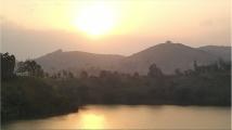 Golden sunset, Crater Safari Lodge, Lake Nyinabulitwa