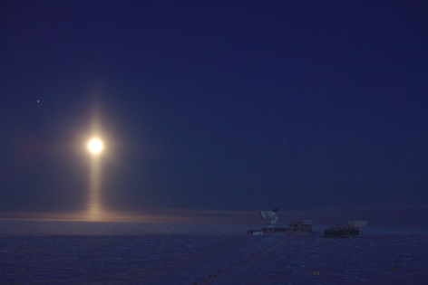 Moon illuminating a column of night, South Pole, 2017 / Daniel Michalik, ESA / Click for more.